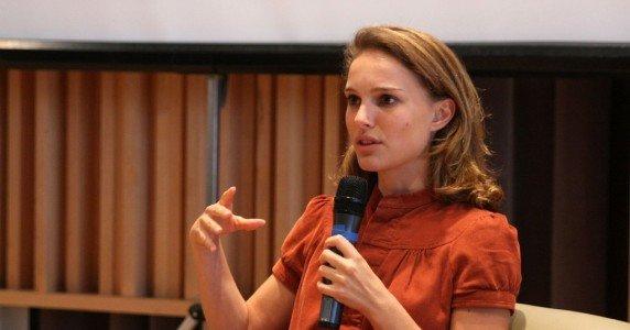 El documental de Natalie Portman sobre animales de granja recibe gran ovación en festival de cine